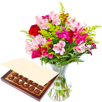 Pakistan online Florist - A Little Tenderness Set Bouquet
