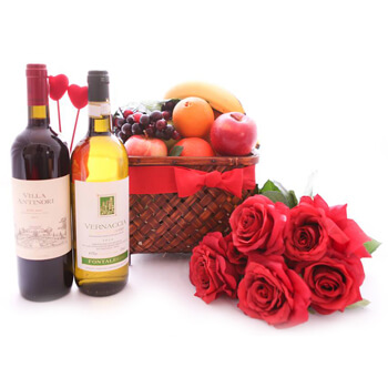 Italy flowers  -  A Pair Of Valentines Baskets Delivery