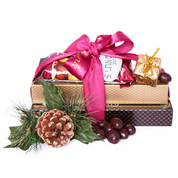 Italy flowers  -  Assorted Pleasures Baskets Delivery