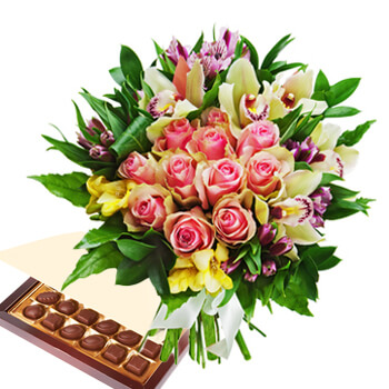 Sumatra online Florist - Burst Of Romance with Chocolates Bouquet