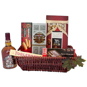Biwer online Florist - Chocolate and Chivas Regal Gift Basket Bouquet