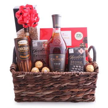 Tel Aviv flowers  -  Camus VSOP Cognac Collection Baskets Delivery