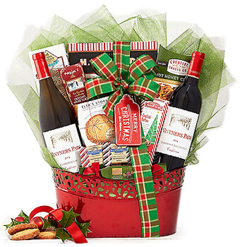 Lyon online Florist - Holly and Holiday Kisses Gift Basket Bouquet