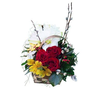 Saint Kitts And Nevis online Florist - Basket of Plenty Bouquet