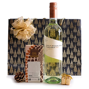 Dar Chabanne flowers  -  Christmas Surprise Gift Set Flower Delivery