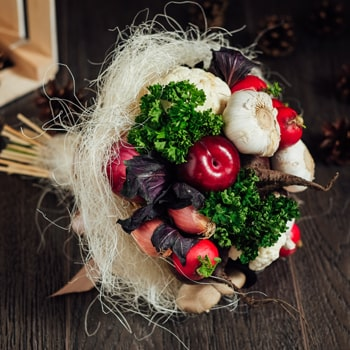 Moscow flowers  -  Garden Bouquet Baskets Delivery
