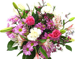 Norway flowers  -  Gentle Touch of Pink Baskets Delivery