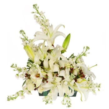 Isle Of Man bloemen bloemist- Heavenly Embrace Floral Centerpiece Bloem Levering
