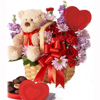 Houston flowers  -  Love Me Tender Baskets Delivery