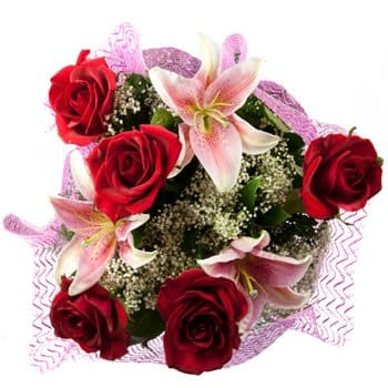 Dominica online Florist - Magical Moments Bouquet Bouquet