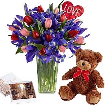 Houston flowers  -  Mister Valentine Baskets Delivery