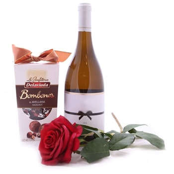 Akademija flowers  -  Romantic Touch Flower Delivery