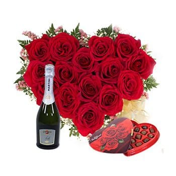 Saint Kitts And Nevis online Florist - Two of Hearts Bouquet
