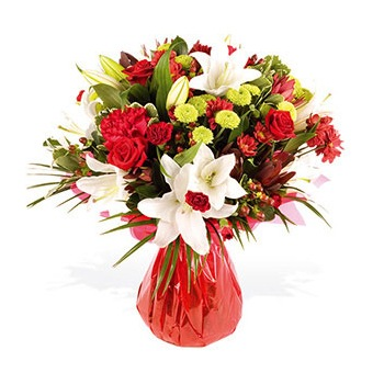 United Kingdom flowers  -  A Touch of Velvet Baskets Delivery