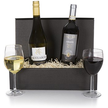 Bradford flowers  -  Exquisite Wine Duet Gift Set Flower Delivery
