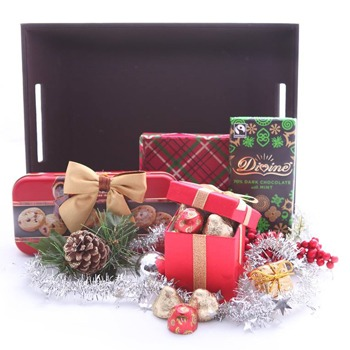 United Kingdom flowers  -  Holiday Starter Kit Baskets Delivery