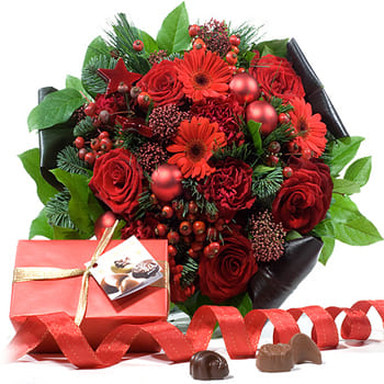 Leeds, United Kingdom flowers  -  Romantic Holidays Bouquet Baskets Delivery