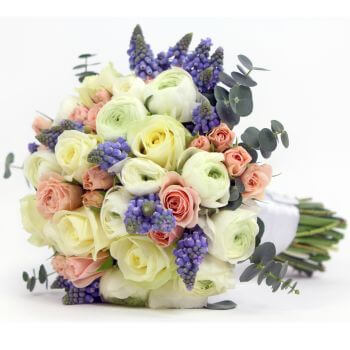 Leeds flowers  -  Roses in Bloom Baskets Delivery