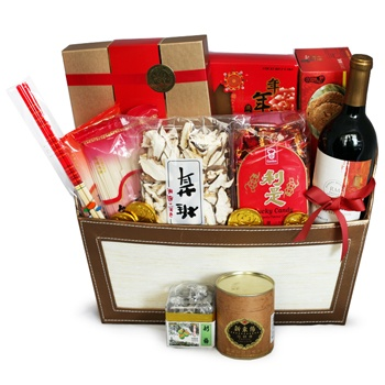 United Kingdom flowers  -  Sweet and Savory Favorites Baskets Delivery