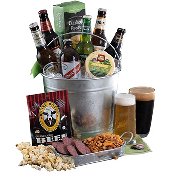 Milwaukee flowers  -  Beer from All Over The World Baskets Delivery