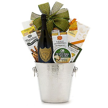 Boston, United States online Florist - Bubbly And Bites Bouquet