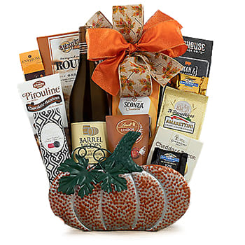 Columbus flowers  -  Chardonnay Halloween Gift Set Baskets Delivery