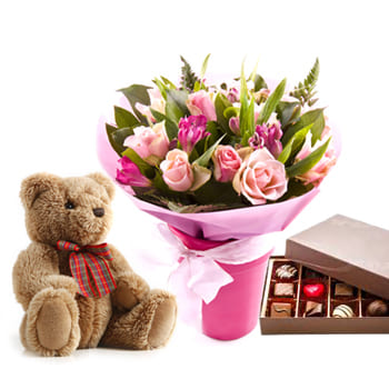 Bordeaux flowers  -  Trio Of Love Flower Delivery
