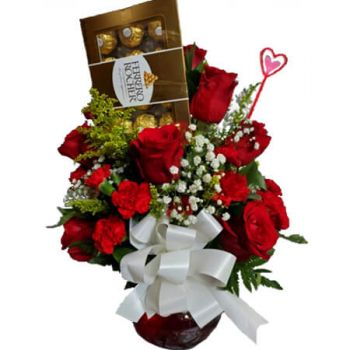 Spanish Town flowers  -  BE MINE Flower Delivery