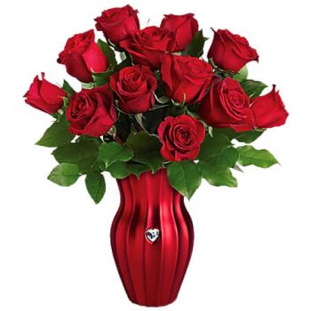 Spanish Town flowers  -  HEART OF A ROSE Flower Delivery