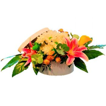 Denmark flowers  -  Oval Hat box Flower Delivery
