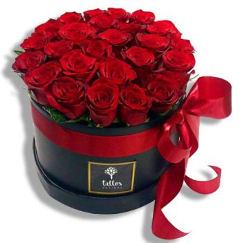 Carolina online Florist - Love and passion Bouquet
