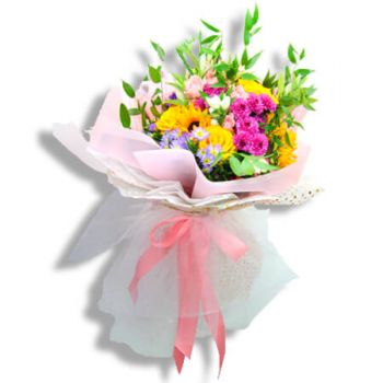 San Juan flowers  -  Golden smile Flower Bouquet/Arrangement