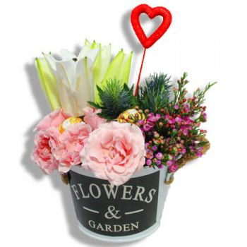 Carolina online Florist - Flower garden Bouquet