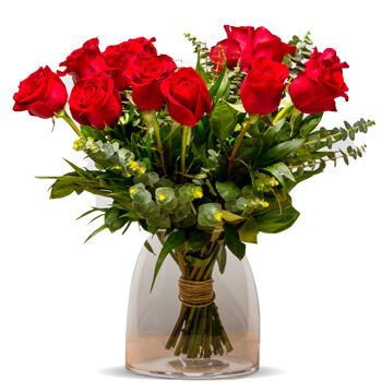 Torrox Costa flowers  -  Lyon 15 Red Roses Flower Delivery