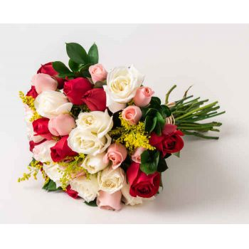 Marabá flowers  -  Bouquet of 36 Three Color Roses Flower Delivery
