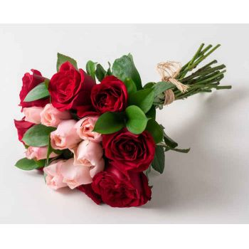 Marabá flowers  -  Bouquet of 15 two-color roses Flower Delivery