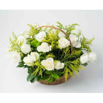 Recife online Florist - Basket with 24 White Roses Bouquet