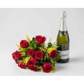 Salvador online Florist - Bouquet of 12 Red Roses and Sparkling Wine Bouquet