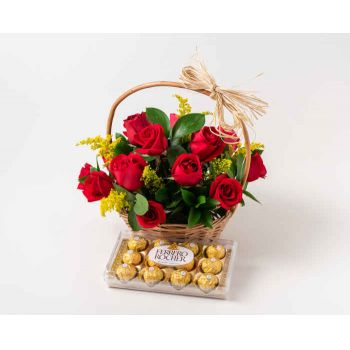 Salvador online Florist - Basket with 15 Red Roses and Chocolate Bouquet