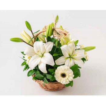 Fortaleza flowers  -  Basket with Lilies and White Gerberas Flower Bouquet/Arrangement