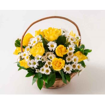 Belém flowers  -  Basket with Yellow and White Roses and Daisie Flower Bouquet/Arrangement