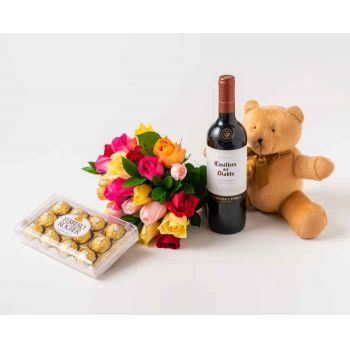 Marabá flowers  -  Bouquet of 24 Colored Roses, Chocolate, Teddy Flower Delivery