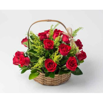Recife online Florist - Basket with 15 Red Roses Bouquet