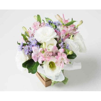 Recife online Florist - Arrangement of Field Flowers in Soft Tones Bouquet