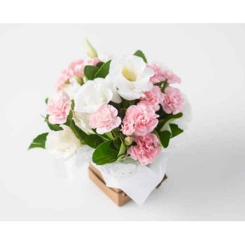 Belford Roxo flowers  -  Arrangement of Field Flowers in Pink Tones Delivery