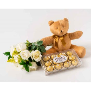 Marabá flowers  -  Bouquet of 8 White Roses, Chocolate and Teddy Flower Delivery