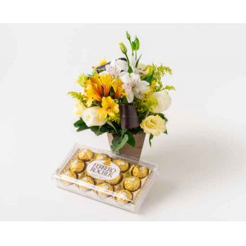 Rio De Janeiro online Florist - Arrangement of Country Flowers in Wood and Ch Bouquet