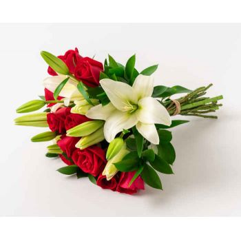 Manaus online Florist - Bouquet of Lilies and Red Roses Bouquet