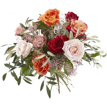 Britsum flowers  -  Bouquet of Loving Roses Flower Delivery
