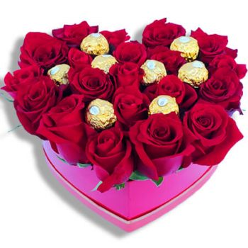 Faro flowers  -  Delicate Heart Flower Delivery